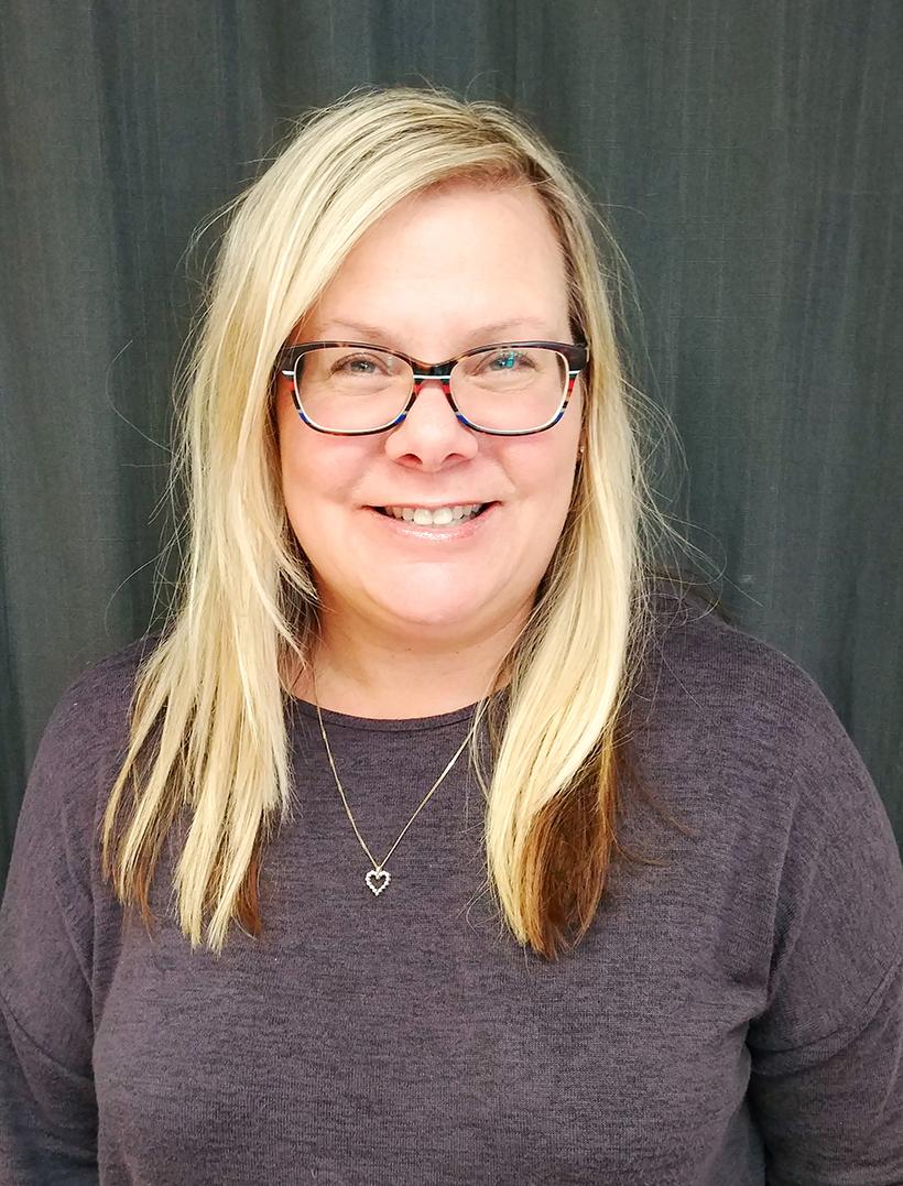 Kim Whalen headshot