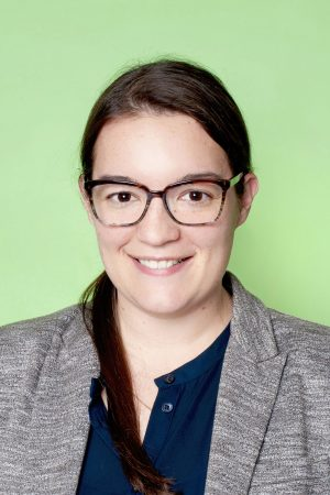 Headshot of Jenni Bauer